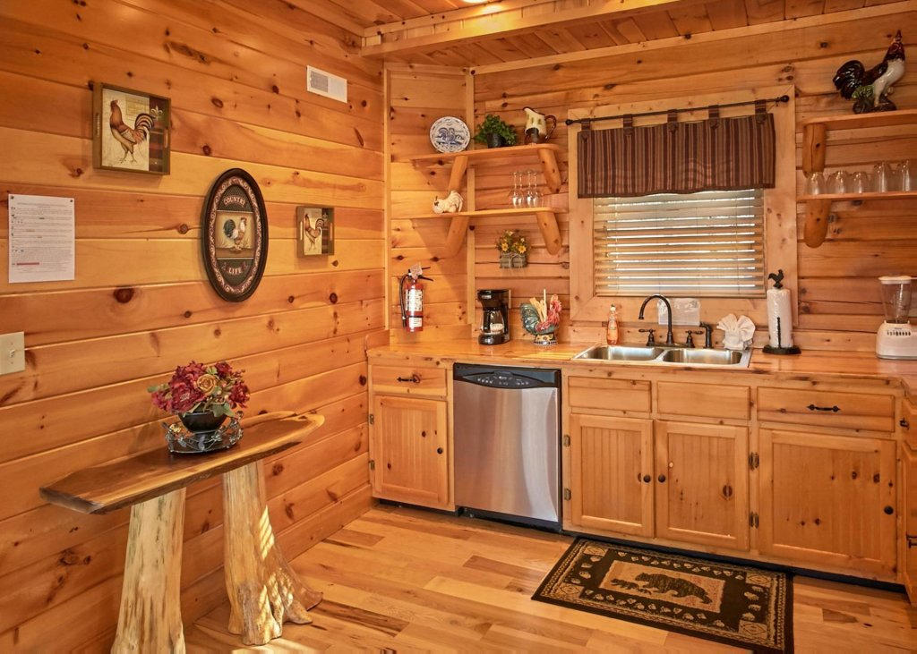 Photo of a Pigeon Forge Cabin named Lovers Loft #62 - This is the fourth photo in the set.