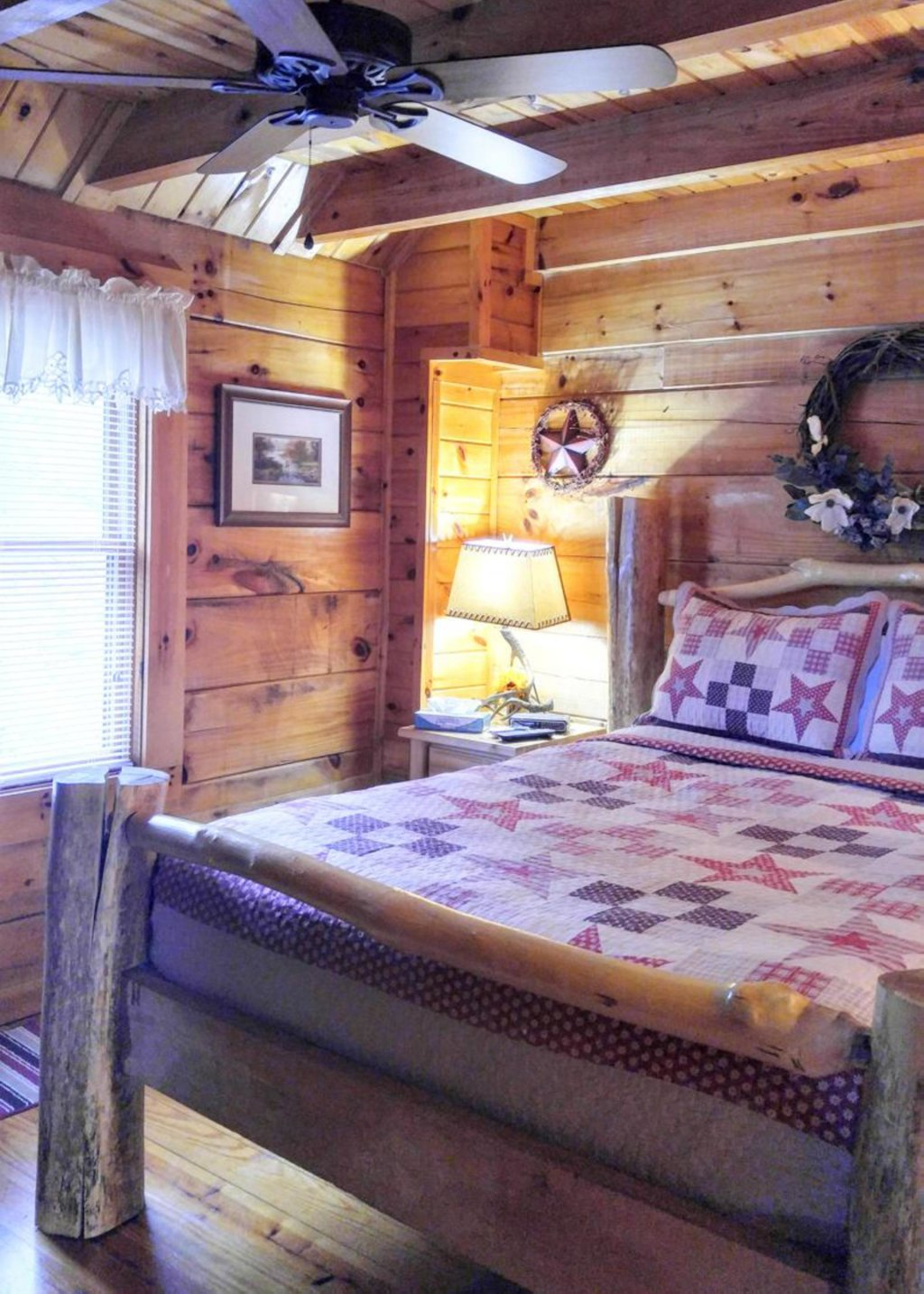 Photo of a Pigeon Forge Cabin named Simply Cozy #11 - This is the thirteenth photo in the set.
