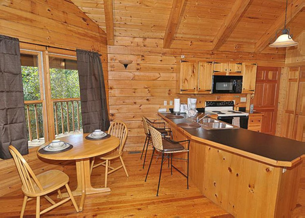Photo of a Sevierville Cabin named A Cat's Meow - This is the fifth photo in the set.