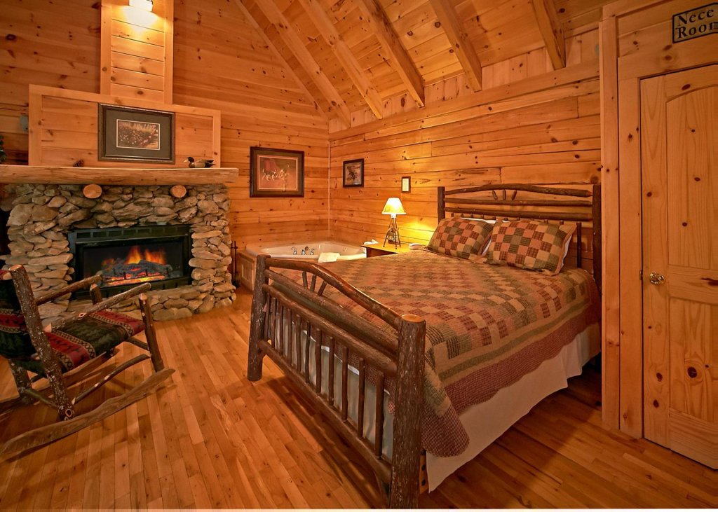 Photo of a Pigeon Forge Cabin named Majestic View B #42b - This is the sixth photo in the set.