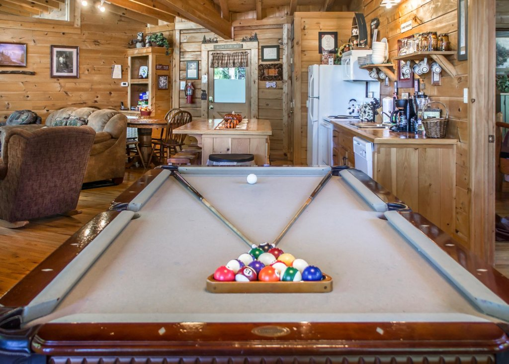 Photo of a Pigeon Forge Cabin named Amazing Grace #25 - This is the twelfth photo in the set.