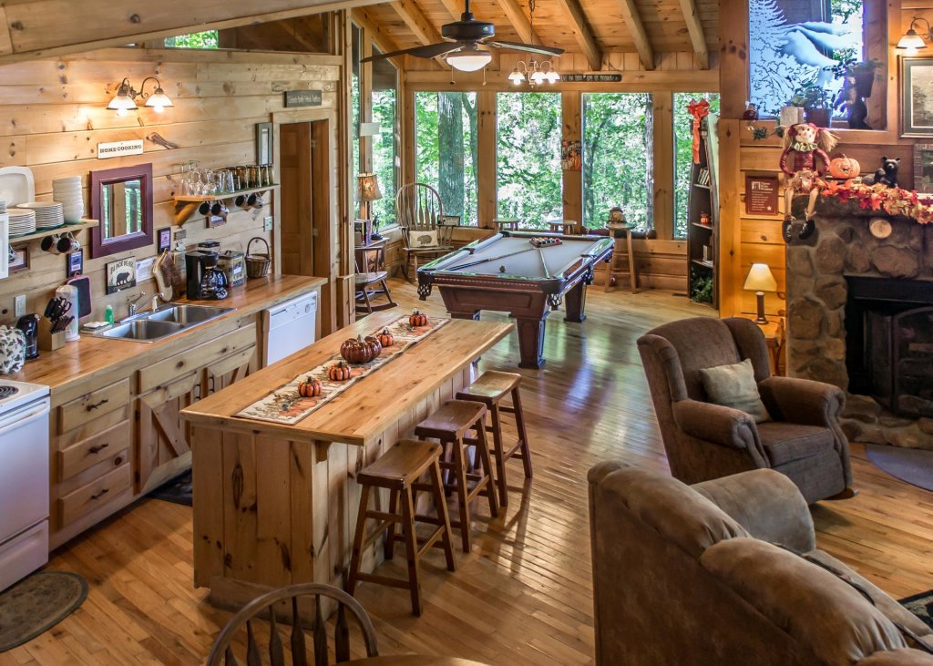 Photo of a Pigeon Forge Cabin named Amazing Grace #25 - This is the seventh photo in the set.