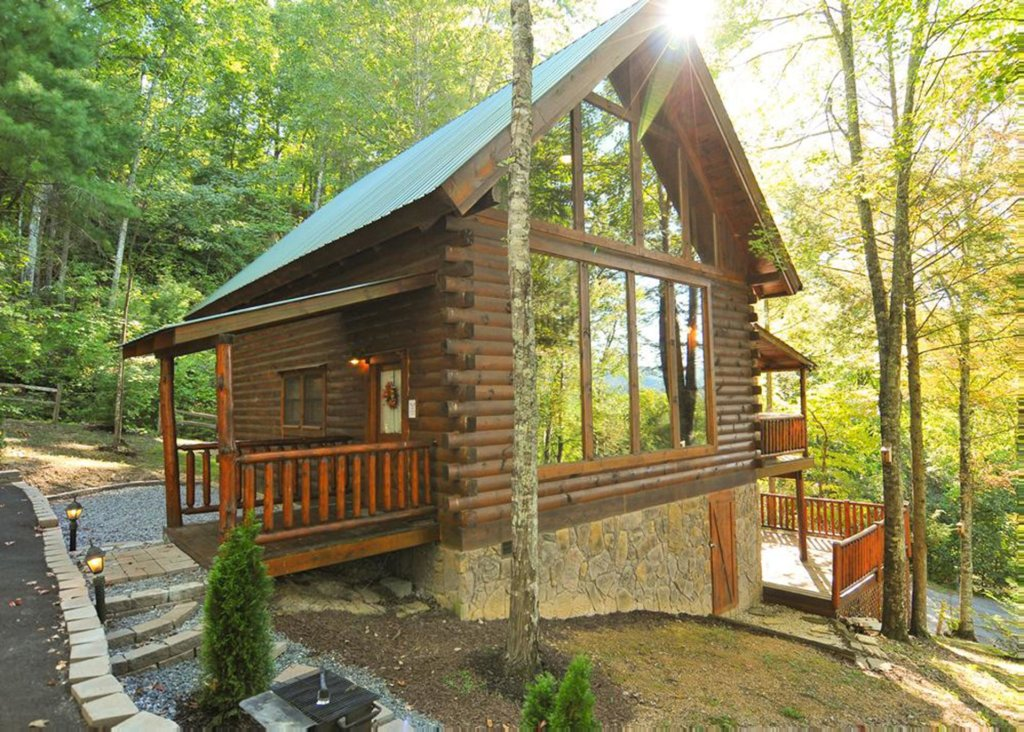 Photo of a Pigeon Forge Cabin named Good Times #34 - This is the first photo in the set.