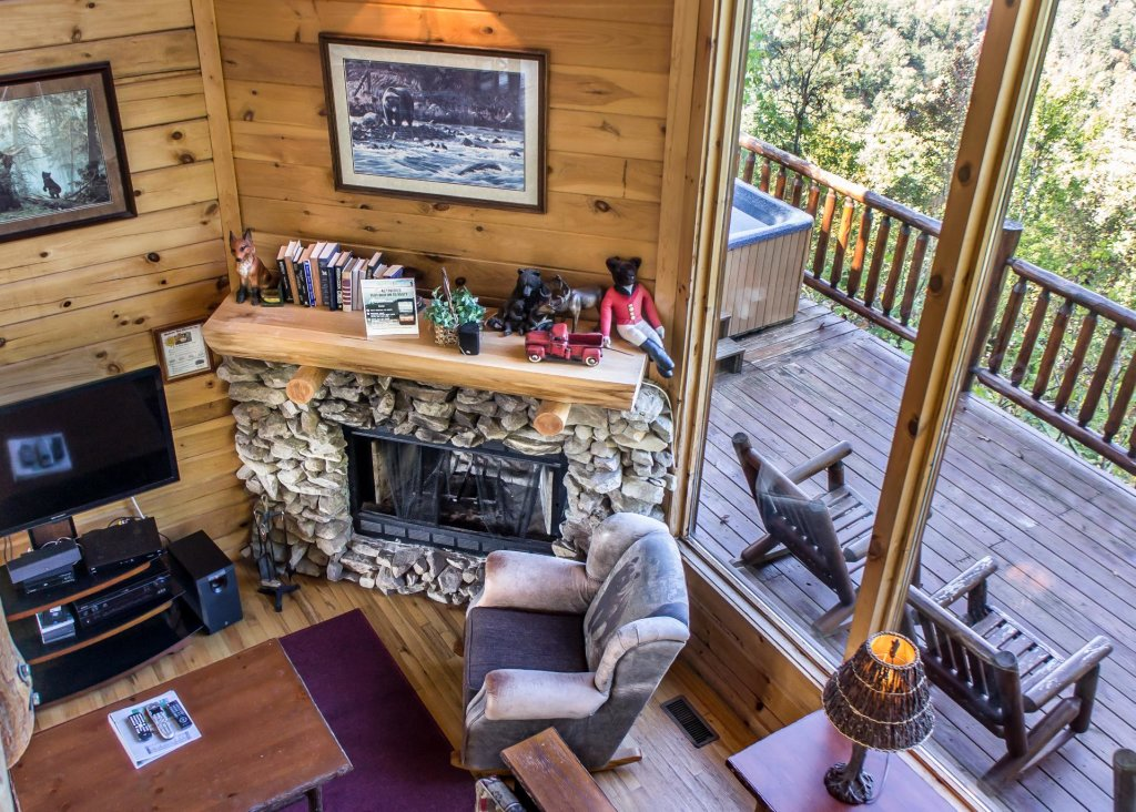Photo of a Pigeon Forge Cabin named Fox Ridge #37 - This is the seventh photo in the set.