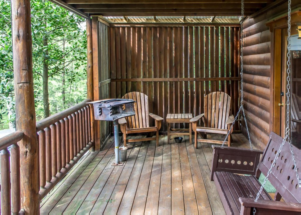 Bear Hug #18 Cabin In Sevierville W/ 1 BR (Sleeps4