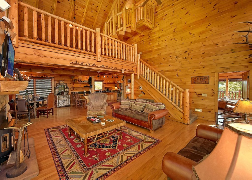 Photo of a Pigeon Forge Cabin named Highland Lodge #61 - This is the fifth photo in the set.