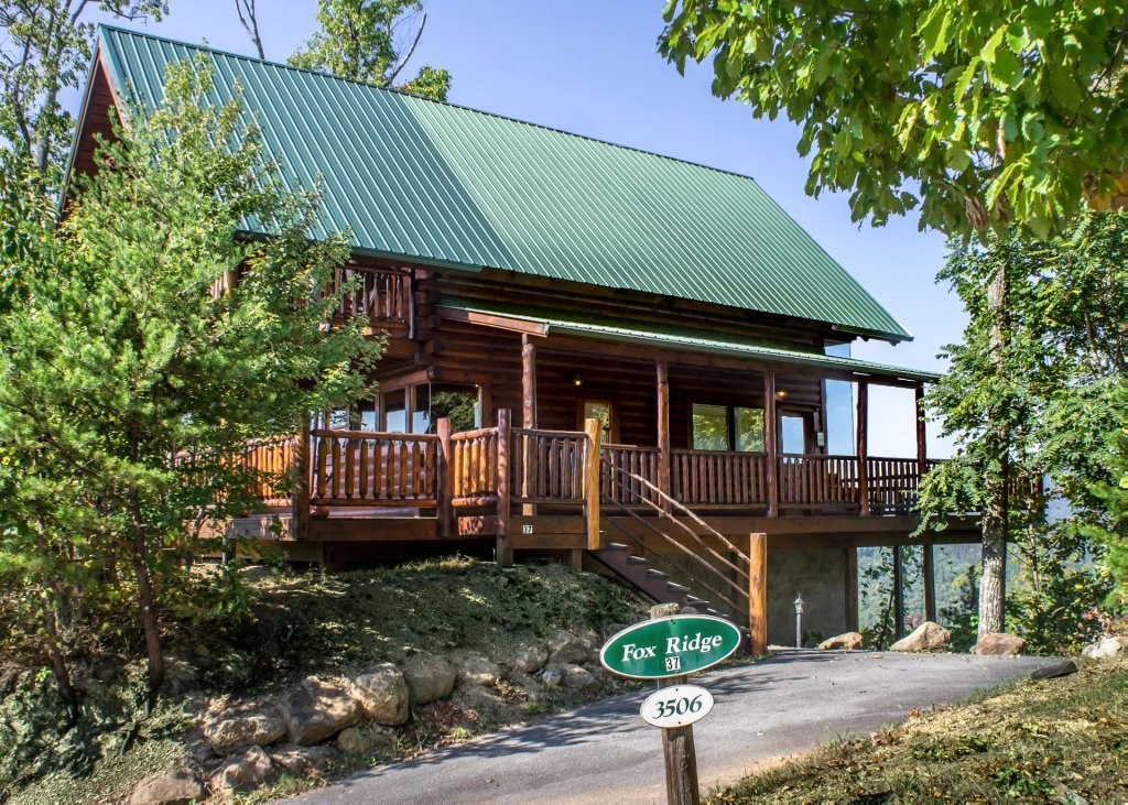 Photo of a Pigeon Forge Cabin named Fox Ridge #37 - This is the twenty-fifth photo in the set.