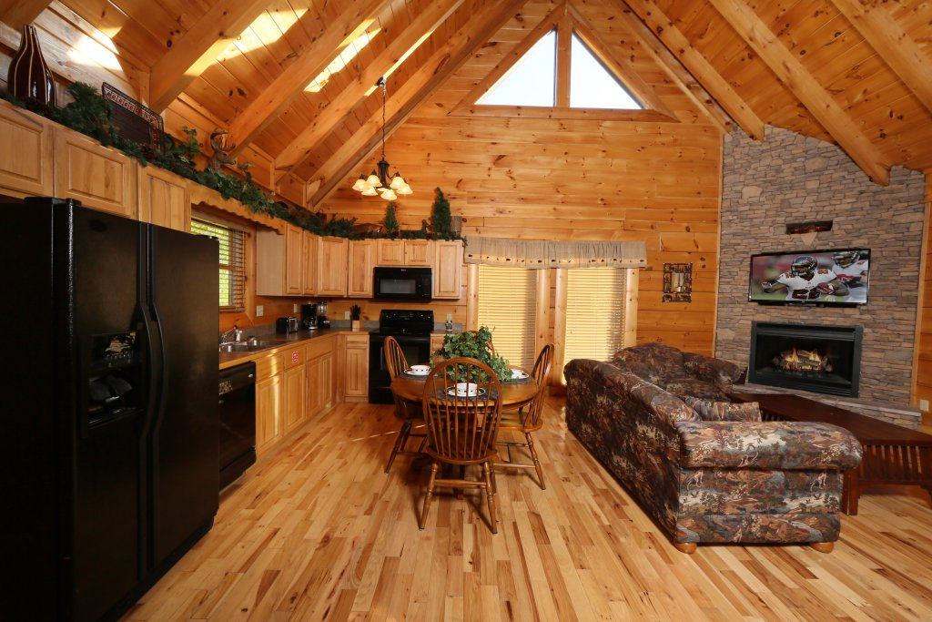 Photo of a Pigeon Forge Cabin named A Little Slice Of Heaven - This is the eleventh photo in the set.