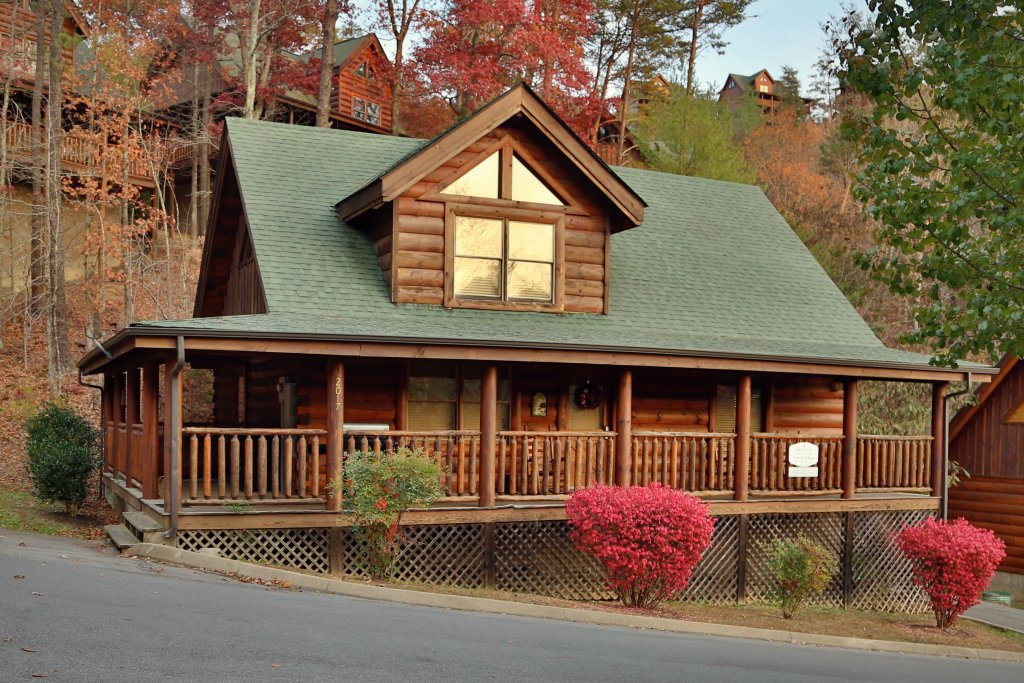 Photo of a Pigeon Forge Cabin named A Little Slice Of Heaven - This is the fifth photo in the set.
