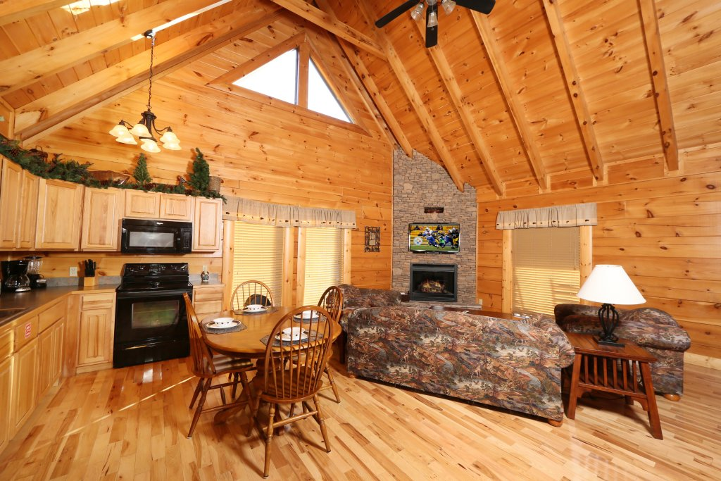 Photo of a Pigeon Forge Cabin named A Little Slice Of Heaven - This is the tenth photo in the set.