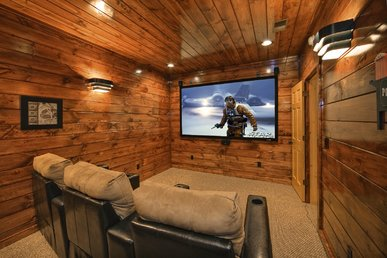 4 Bedroom, 4.5 Bath Luxury Cabin with Home Theater Room and Sauna