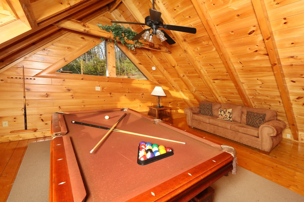 Photo of a Pigeon Forge Cabin named A Little Slice Of Heaven - This is the seventeenth photo in the set.