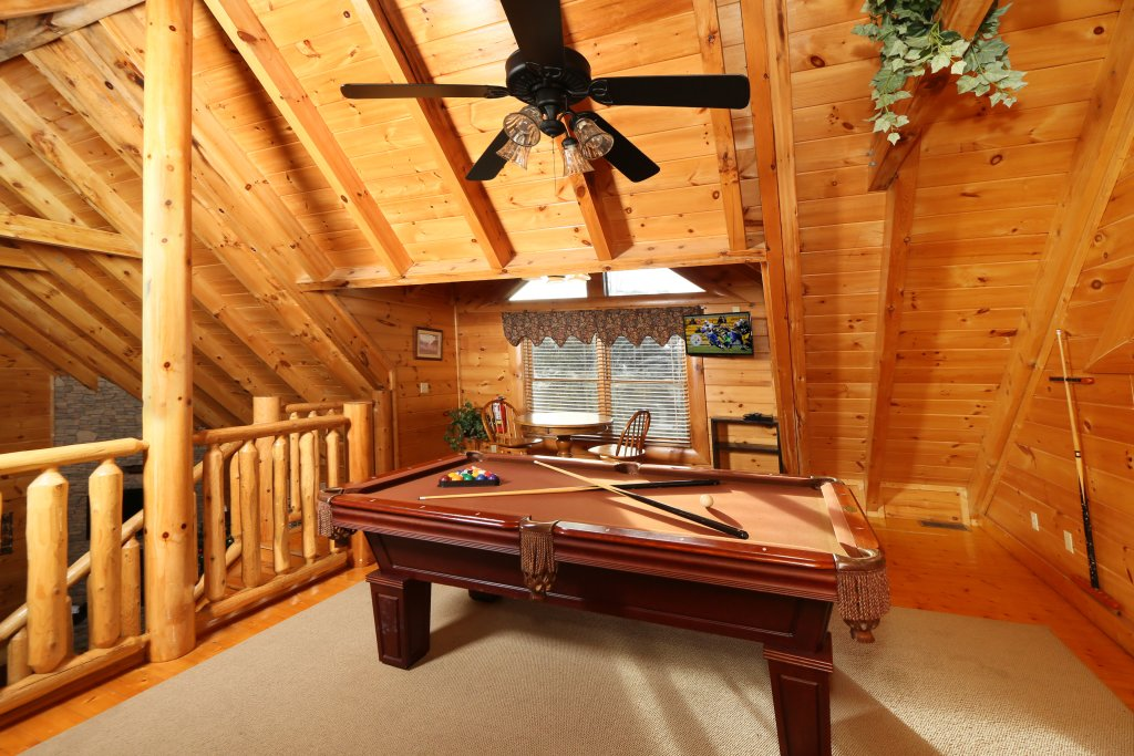 Photo of a Pigeon Forge Cabin named A Little Slice Of Heaven - This is the eighteenth photo in the set.