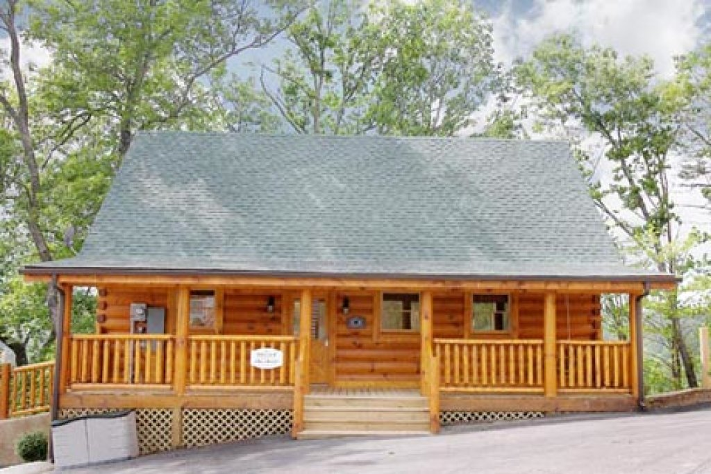 Photo of a Pigeon Forge Cabin named A Time To Remember - This is the fifteenth photo in the set.