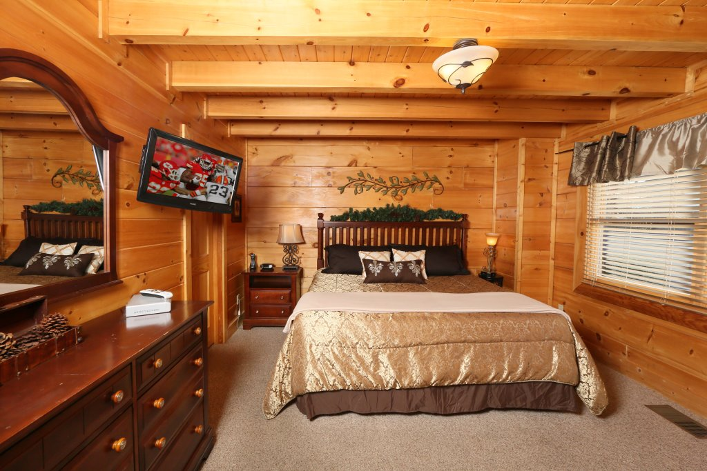 Photo of a Pigeon Forge Cabin named Any Way You Want It - This is the eighth photo in the set.