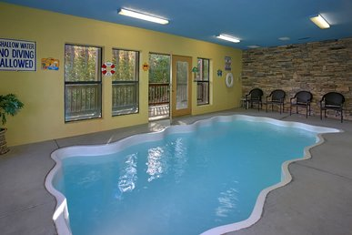 4 bedroom private pool cabin in between Gatlinburg & Pigeon Forge  #409