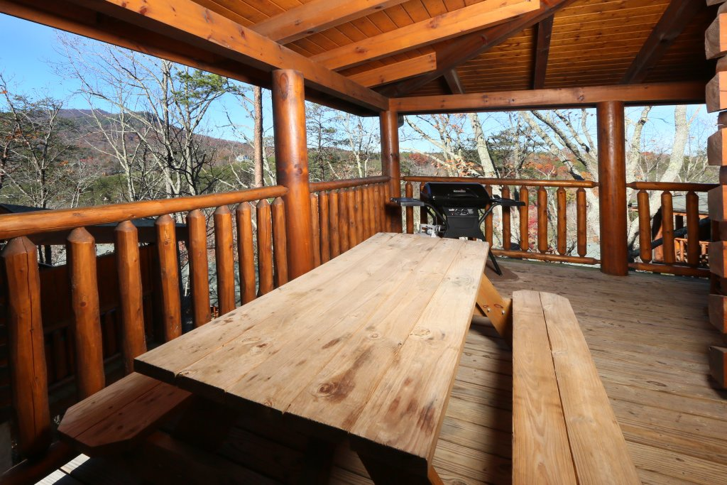 Photo of a Pigeon Forge Cabin named Any Way You Want It - This is the fourth photo in the set.