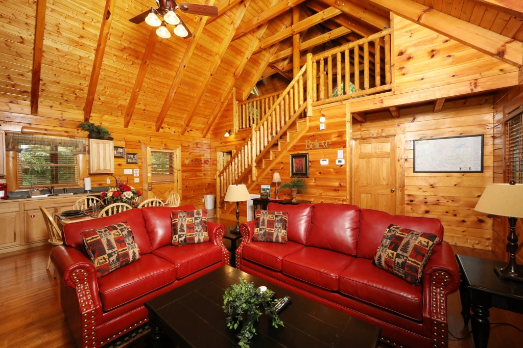 Photo of a Pigeon Forge Cabin named Around The Mountain - This is the fifth photo in the set.
