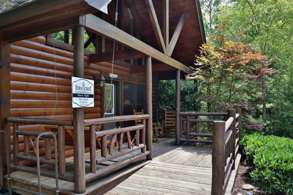 Photo of a Pigeon Forge Cabin named Starry Night - This is the eighth photo in the set.