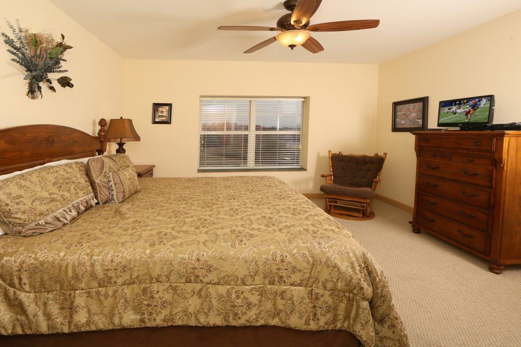 Photo of a Pigeon Forge Condo named Mountain View Condo 3507 - This is the thirteenth photo in the set.
