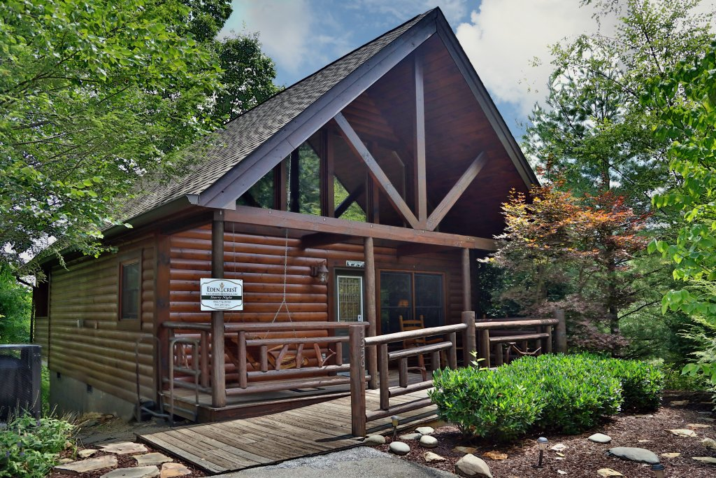 Photo of a Pigeon Forge Cabin named Starry Night - This is the first photo in the set.