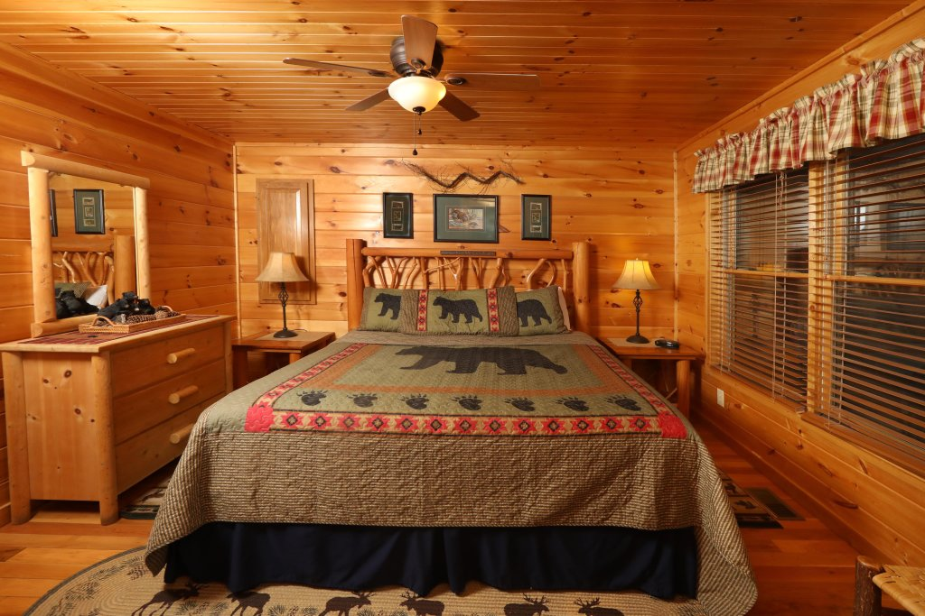 Photo of a Pigeon Forge Cabin named Starry Night - This is the thirteenth photo in the set.