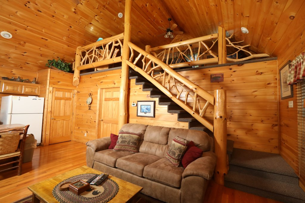 Photo of a Pigeon Forge Cabin named Starry Night - This is the twelfth photo in the set.
