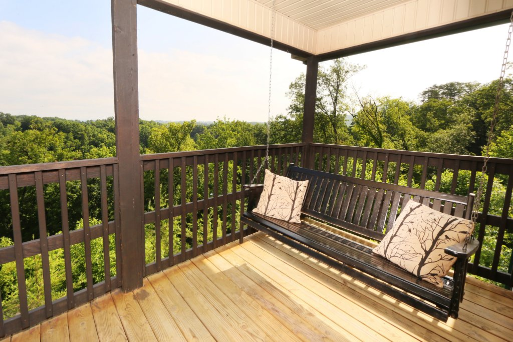 Photo of a Pigeon Forge Cabin named Pinnacle View 7a - This is the fourth photo in the set.
