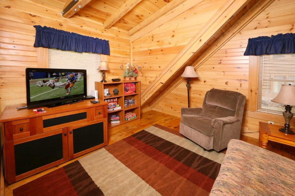 Photo of a Pigeon Forge Cabin named A Great Smoky Hideaway - This is the seventh photo in the set.