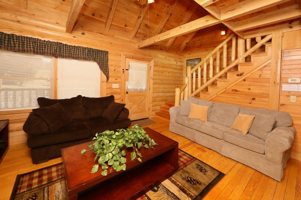 Photo of a Pigeon Forge Cabin named A Great Smoky Hideaway - This is the fifth photo in the set.