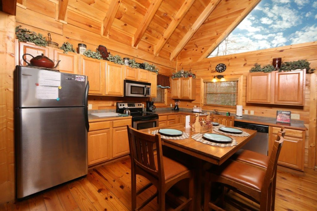 Photo of a Pigeon Forge Cabin named Smoky Mountain Getaway - This is the eleventh photo in the set.