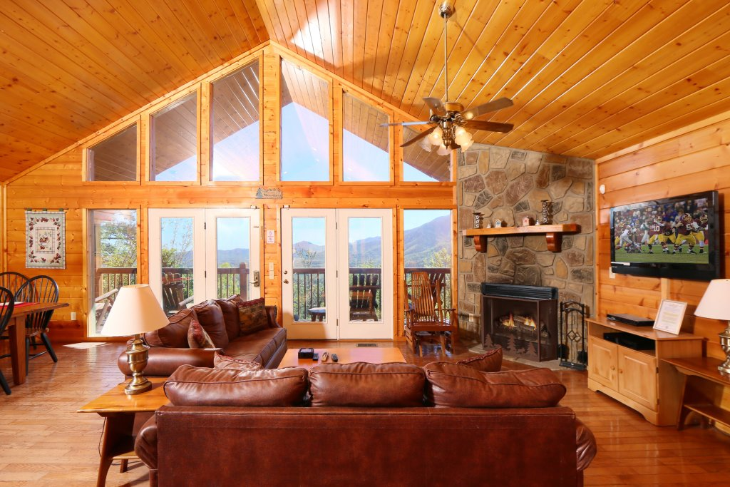 Photo of a Pigeon Forge Cabin named Majestic Views - This is the twelfth photo in the set.