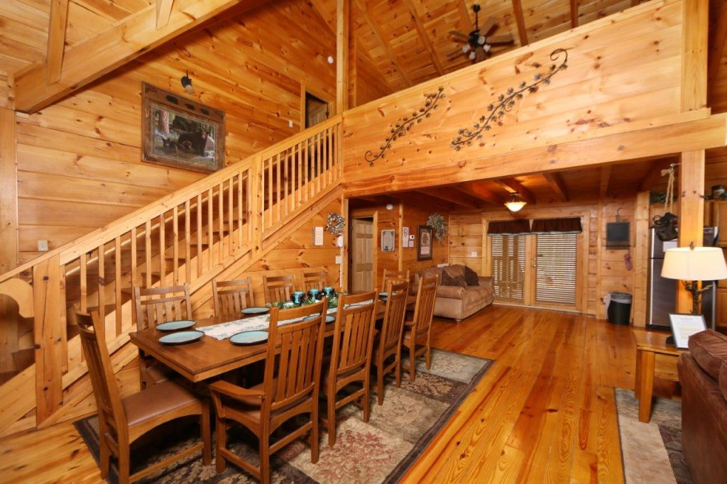 Photo of a Pigeon Forge Cabin named Smoky Mountain Getaway - This is the tenth photo in the set.
