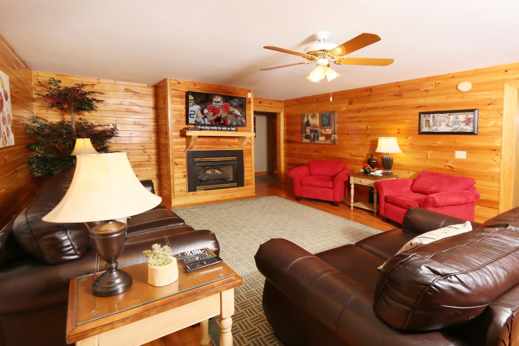 Photo of a Pigeon Forge Cabin named Pinnacle View 7c - This is the tenth photo in the set.