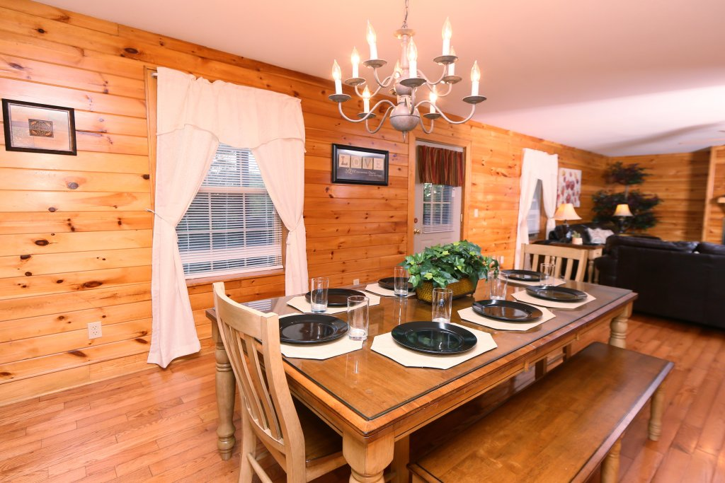 Photo of a Pigeon Forge Cabin named Pinnacle View 7c - This is the twenty-second photo in the set.