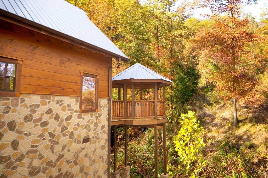 Photo of a Gatlinburg Cabin named Tucked Inn - This is the tenth photo in the set.