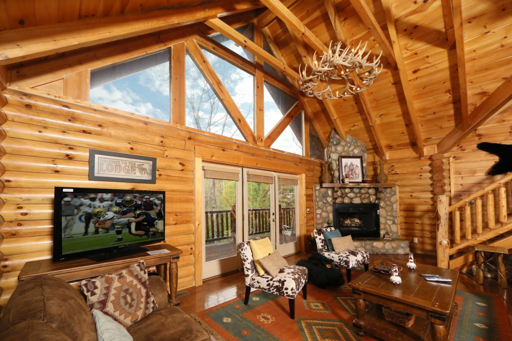 Photo of a Pigeon Forge Cabin named Black Bear Hideaway - This is the thirty-fourth photo in the set.