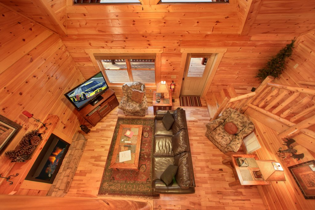 Photo of a Gatlinburg Cabin named A Touch Of Class - This is the twenty-eighth photo in the set.
