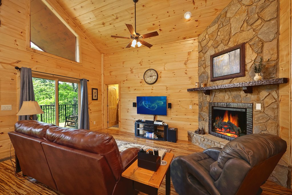 Photo of a Gatlinburg Cabin named Ever After - This is the thirteenth photo in the set.