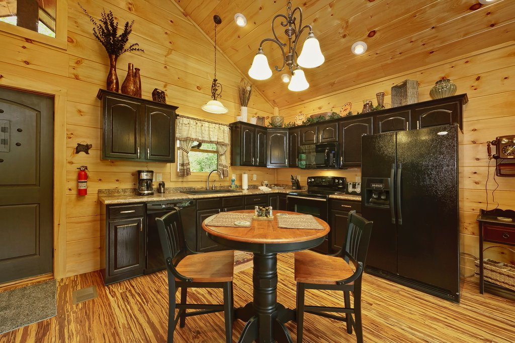 Photo of a Gatlinburg Cabin named Ever After - This is the fourteenth photo in the set.