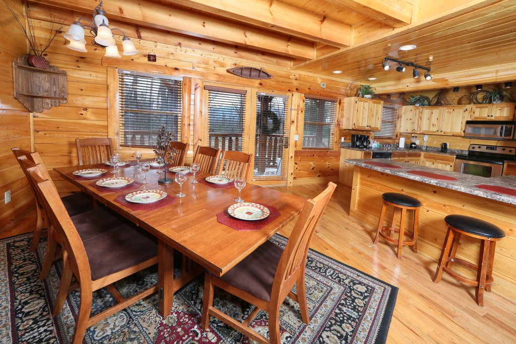 Photo of a Pigeon Forge Cabin named Rising Eagle Lodge - This is the twenty-second photo in the set.