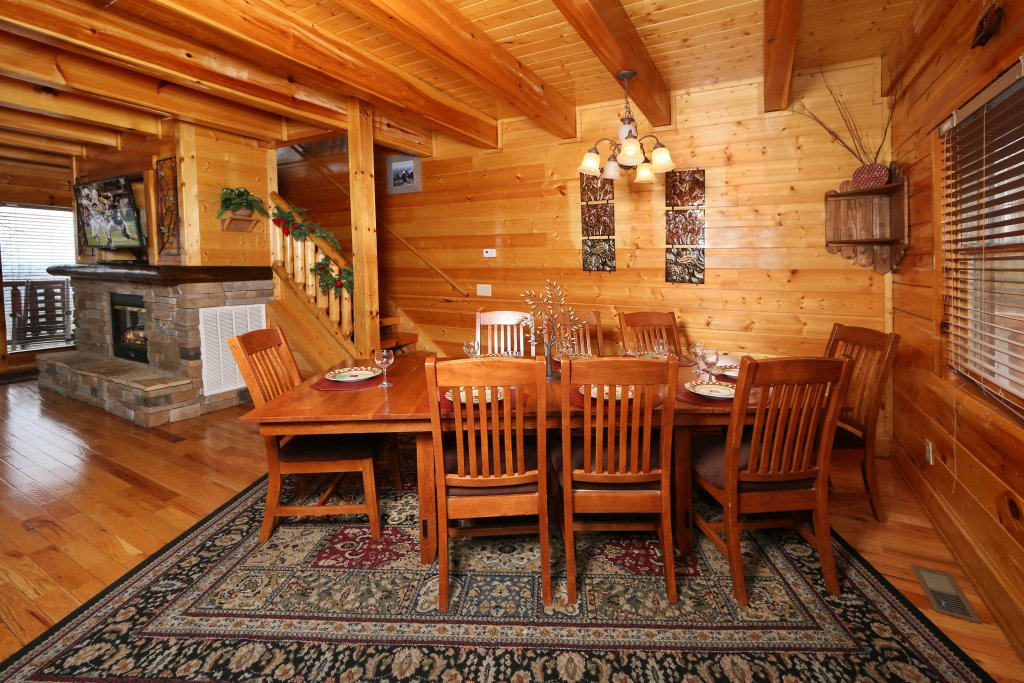 Photo of a Pigeon Forge Cabin named Rising Eagle Lodge - This is the twenty-third photo in the set.