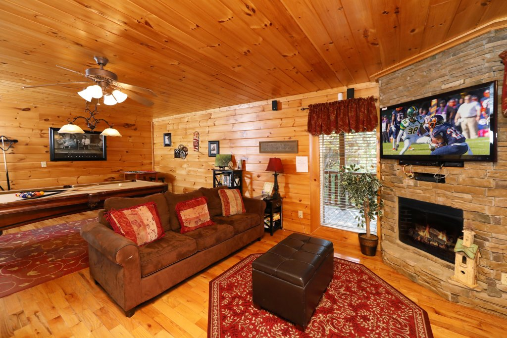 Photo of a Pigeon Forge Cabin named Blessed Nest - This is the fortieth photo in the set.