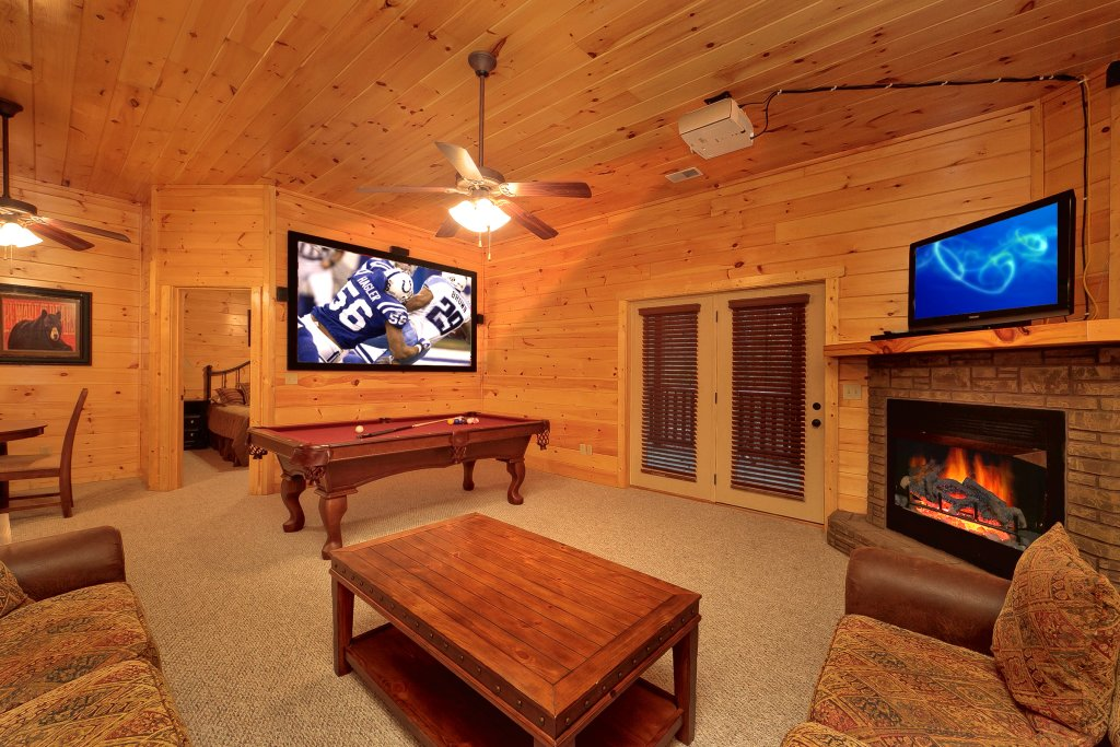 Photo of a Gatlinburg Cabin named Bear Cub Lodge - This is the seventh photo in the set.
