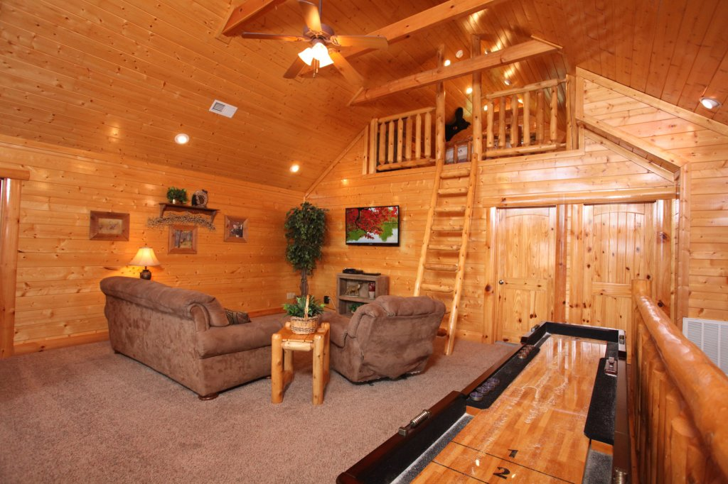 Photo of a Pigeon Forge Cabin named Estate Of Relaxation - This is the twelfth photo in the set.