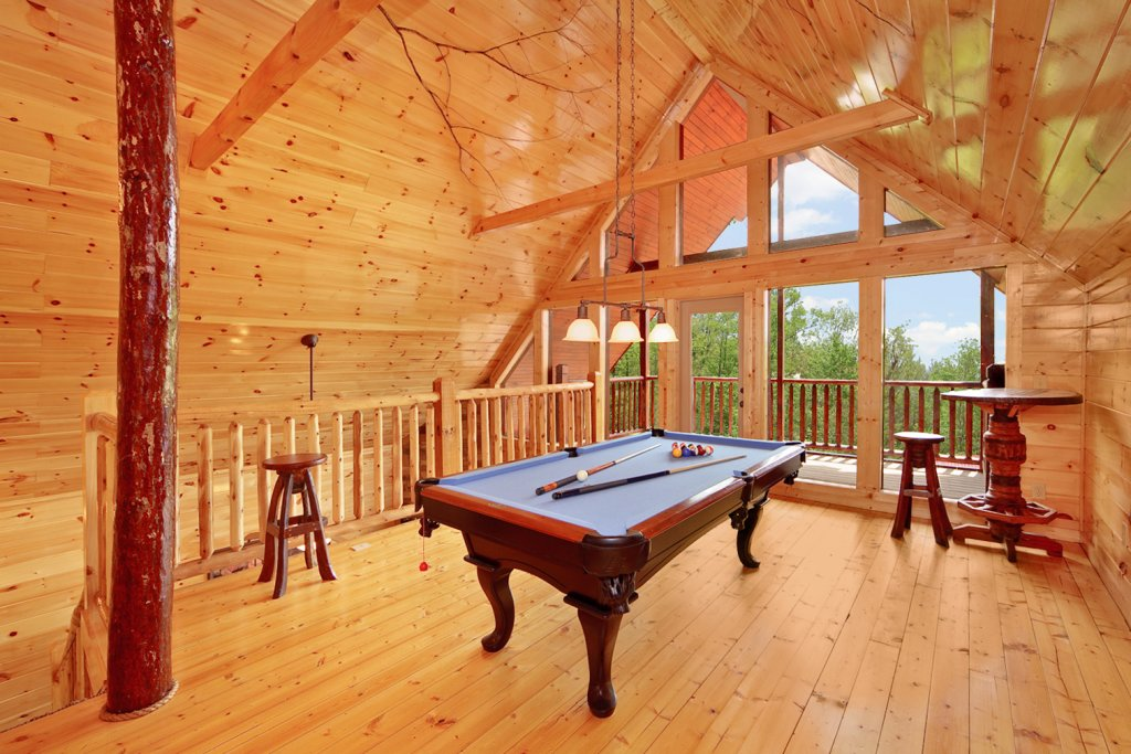 Photo of a Gatlinburg Cabin named Summit Sanctuary - This is the third photo in the set.