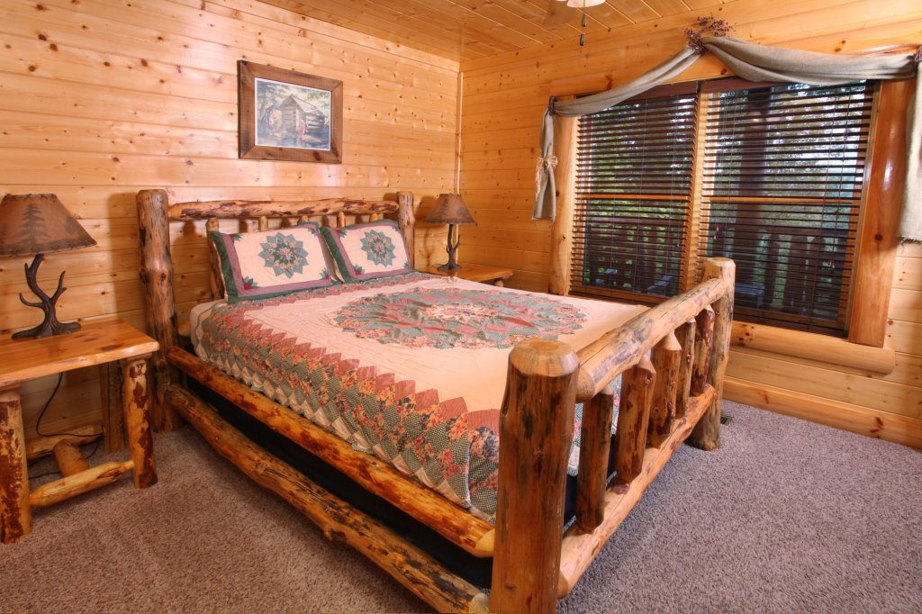 Photo of a Pigeon Forge Cabin named Estate Of Relaxation - This is the twenty-fourth photo in the set.
