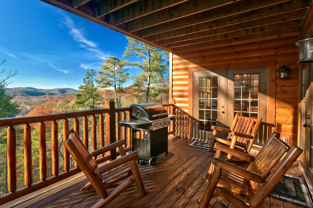 Photo of a Gatlinburg Cabin named Mountain Bliss - This is the fifth photo in the set.