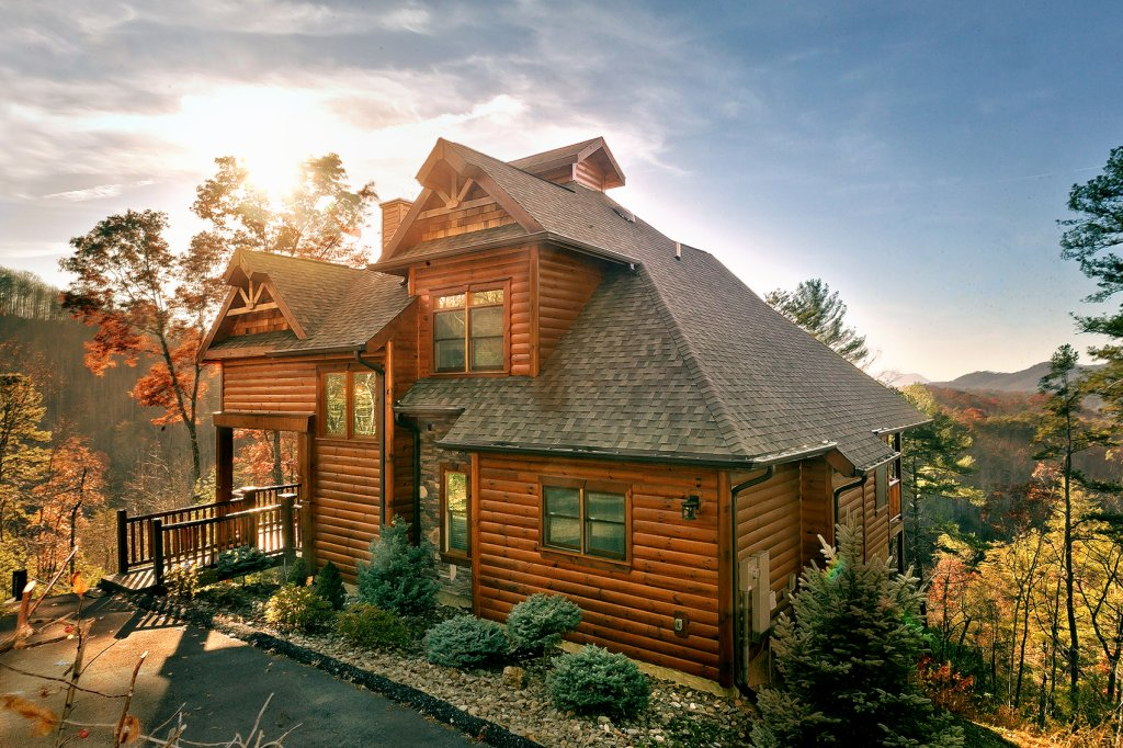 Photo of a Gatlinburg Cabin named Mountain Bliss - This is the first photo in the set.