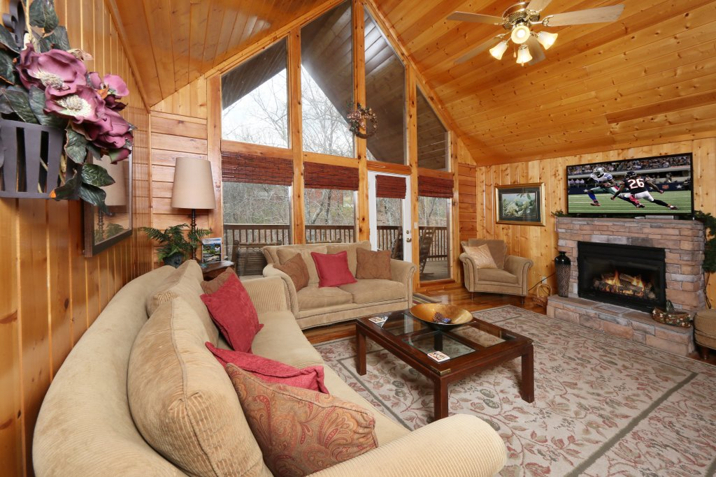 Photo of a Pigeon Forge Cabin named Drift Away - This is the seventh photo in the set.